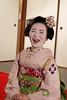 2017.04.10 Kyoto (210) fr (Kotatsu Neko 808) Tags: kyoto 京都 japan 日本 geisha 芸者 geiko 芸子 maiko 舞妓 kimono 着物 happy laugh laughter