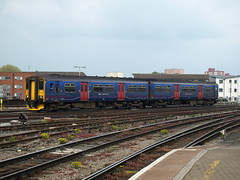 Great Western Railway Class 150 Sprinter 150265 arrives at Bristol Temple Meads (Oz_97) Tags: bristoltemplemeads greatwesternrailway 150265