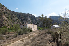 4Y4A4477 (francois f swanepoel) Tags: afwit afwitkalk arch architecture argitektuur beton calitzdorp concrete groenfontein groenfonteinvallei groenfonteinvalley kalk landscape landskap noordkaap northerncape scenics whitewash swartbergmountains swartberg