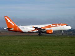 G-EZUC Airbus A320-214 cn 4591 easyJet Luton 25Mar17 (kerrydavidtaylor) Tags: londonlutonairport ltn eggw bedfordshire a320 a320200
