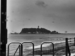 2017年3月31日 (atmo1966) Tags: enoshima digitalphotography canon canonpowershots90 blackandwhite