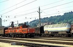 1020.12   Feldkirch  09.09.79 (w. + h. brutzer) Tags: feldkirch eisenbahn eisenbahnen train trains österreich austria railway elok locomotive zug öbb 1020 eloks lokomotive webru analog nikon