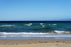 20170414-08-Hazards Beach (Roger T Wong) Tags: 2017 australia freycinet freycinetnationalpark hazardsbeach np nationalpark rogertwong sel2470z sony2470 sonya7ii sonyalpha7ii sonyfe2470mmf4zaosscarlzeissvariotessart sonyilce7m2 tasmania beach bushwalk camp clouds hike ocean outdoors sand sea sky tramp trek walk waves