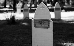Unknown Child (Joe Josephs: 3,122,834 views - thank you) Tags: california californiacoast cambria joejosephs photojournalism cemetary cemetaries death ©joejosephs2017 dead sad sorrow bla blackandwhite photojournalsim