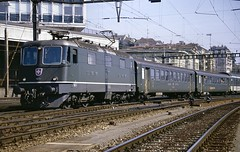 SBB/CFF/FFS Re4/4 II electric loco 11231 Lausanne (jc_snapper) Tags: sbbcffffs sbb cff ffs electrictrain electriclocomotive electricloco locomotive re44ii re420 switzerland trein train railway railroad lausanne slm