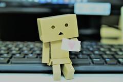 Danbō's Loveletter (bLiCk-WiNkL) Tags: danbo small tiny danboworld love loveletter kartobot