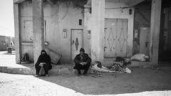 Waiting Couple (toletoletole (www.levold.de/photosphere)) Tags: fujix70 marokko zagora sw street people bw morocco