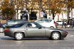 Spotting 2013 - Porsche 928 (Deux-Chevrons.com) Tags: porsche928 porsche 928 youngtimer car coche voiture oldtimer vintage spot spotted spotting croisée rue street paris france auto automobile automotive