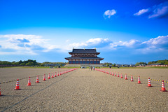 20130503--3 (seangregorcreative) Tags: sky clouds temple nara pilons heijopalace