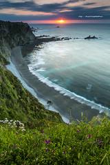 Playa del Sern (Miguel A. GQ) Tags: sunset sol beach landscape ray asturias playa cliffs 09 lee dreams reverse polarizer puesta lb warming acantilado singh cadavedo wondersofnature sern 5dmarkiii 24tseii