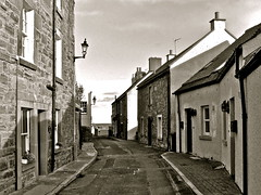 Rose Street......leading to the sea (MickyFlick) Tags: uk sea tourism architecture scotland seaside fife tourists architectural historic historical touristattraction fishingvillage firthofforth stmonans rosestreet eastneuk