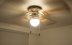 P7190052 (Raccoon Photo) Tags: house strange fan weird fast ceiling condo celing ceilingfan slowshutterspeed