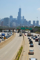 Into the city (rafallg) Tags: city chicago skyline illinois highway traffic skyscrapper