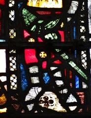 ca. 1306 - 'Guy de Beauchamp, earl of Warwick (+1315), Peter de Dene Window', York Minster, Yorkshire, England (roelipilami) Tags: york english window glass de ross heraldry clare mail cathedral yorkshire gothic roos surrey stained peter nave vitrail sword lancaster knight glasmalerei clifford chevalier ros minster glasinlood raam percy coif engels ritter beauchamp vitraux mowbray schip ridder dene heraldique 1306 wappenkunde cotte heraldik heraldiek kettenhemd mailles vitr malinkolder warenne kettenrstung