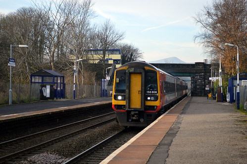 158806 passing through Bamford with the 1L10 Liverpool Lime Street to Norwich service, 11th Dec 2013.