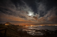 "Moonscape over North Berwick • <a style=""font-size:0.8em;"" href=""http://www.flickr.com/photos/24720920@N04/11869669426/"" target=""_blank"">View on Flickr</a>"