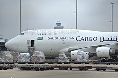 Saudi Arabian Cargo Boeing 747 (TF-AML) at Schiphol Amsterdam (PictureJohn64) Tags: travel netherlands amsterdam plane garden airplane flying airport nikon flickr traffic aircraft aviation air transport flight jet sigma aeroplane cargo apo commercial transportation saudi boeing spl arabian machines flughafen avio airlines flugzeug schiphol avin aeropuerto aereo 747 flevoland airliner jumbo avion approaching aviao b747 almere aviones aerodrome vliegtuig reizen flugzeuge vliegveld eham planespotting aviacion avies aeronautical spotter aerodynamics flyet compagniesariennes lineaarea d5100 flyselskab sigma150500563apodgoshsm picturejohn64 amantesdaaviao tfaml
