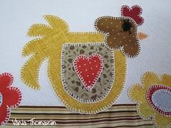 Detalhe (vaniathomazim) Tags: flores flower casa galinha heart flor coração colagem patchwork cozinha guardanapo croche costura guardanapos patchcolagem