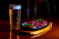 Harassi Steak and Beer : ハラミステーキとビール (Dakiny) Tags: 2017 spring april night twilight japan tokyo minato minatoward roppongi city street indoor pub bar diner diningbar food drink meat beer bokeh nikon d7000 afsnikkor50mmf18g nikonafsnikkor50mmf18g nikonclubit