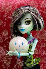 Frankie wasn't just having a good time she was having a ball (Allan Saw) Tags: frankiestein monsterhigh monster doll toy grl ball bubbles happy red party