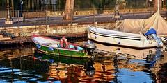 Barche e Barche (giannipiras555) Tags: riflessi colori lago