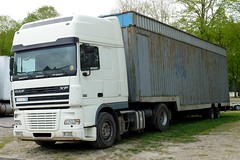 DAF XF 95.380 Semi-remorque forain (xavnco2) Tags: amiens somme picardie france camion truck trucks lorry autocarro lkw forain lahotoie semiremorque semitrailer daf xf xf95 380