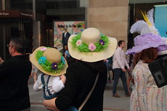 IMG_6833 (neatnessdotcom) Tags: easter bonnet parade 2017 hats costumes new york city 5th avenue manhattan nyc tamron 18270mm f3563 di ii vc pzd canon eos rebel t2i 550d