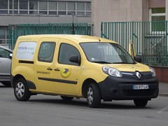 "2015 Renault Kangoo ZE ""La Poste"""
