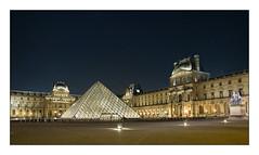 Cour du Louvre (Rémi Marchand) Tags: paris france palais du louvre cour carrée nuit pyramide