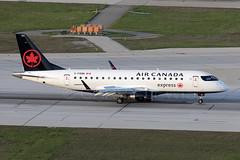 Air Canada Express opb SkyRegional Embraer E175 C-FRQN (atcogl - ATC @ YYZ) Tags: yyz cyyz toronto ontario canada pearson lbpia aircraft airliner airplane aeroplane plane jet aviation avion flugzeug canon eos 5dmarkiv 100400f4556lismarkii staralliance landing ac aca aircanada aircanadaexpress skv rs maple embraer e175 embraer175 cfrqn regionaljet