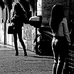 Ragazze di Roma (pom.angers) Tags: panasonicdmctz30 rome roma lazio italia italy europeanunion women girls girl woman february 2017 100 150