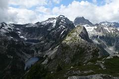 Thornton Lakes from Trappers Peak (Sean Munson) Tags: hiking lake lakes landscape mountains nationalparkthorntonlakes northcascades northcascadesnationalpark trapperspeak washington water