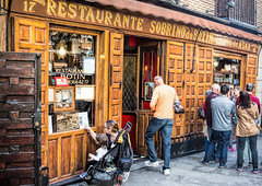 Oldest Resturant in the World (beelzebub2011) Tags: spain madrid restaurant oldest streets botinresturant 1725