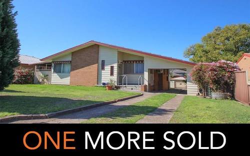 9 James Cook Avenue, Singleton NSW 2330