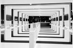 mobile future (Blende1.8) Tags: mobile mobileshop architecture architektur innenarchitektur interior indoor indoors design mono monochrome monochrom carstenheyer schwarz weiss iphone iphone6s contemporary tunnel tunnelblick