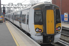 379003 (2) (ANDY'S UK TRANSPORT PAGE) Tags: trains hackneydowns class379 abelliogreateranglia aga