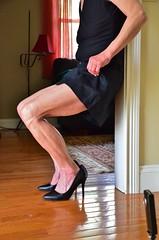DSC_0116jj (ARDENT PHOTOGRAPHER) Tags: muscular flexing calves granny grannies skinnywomen highheels biceps