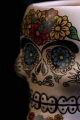 Glaze - Macro Mondays (Crisp-13) Tags: macromondays glaze mug china skull face flowers mexico mexican dayofthedead day dead día de muertos díademuertos