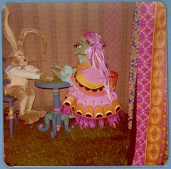Rabbit Patron and Thelma - Knott's Bear-y Tales (Althegamefreak) Tags: vintage disney tales beary knottsberrytales coyotes bears frog rabbit rollycrump darkride knottsbearytales knotts knottsberryfarm