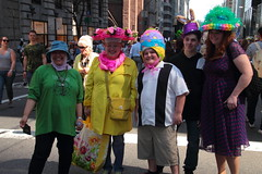 IMG_6780 (neatnessdotcom) Tags: easter bonnet parade 2017 hats costumes new york city 5th avenue manhattan nyc tamron 18270mm f3563 di ii vc pzd canon eos rebel t2i 550d