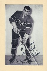 1944-63 NHL Beehive Hockey Photo / Group II - Maurice Richard (Right Wing) (Hockey Hall of Fame 1961) (b. 4 Aug 1921 - d. 27 May 2000 at age 78) - Autographed Hockey Card (Montreal Canadiens) (#284) (Baseball Autographs Football Coins) Tags: hockey beehive 1934 1967 19341967 groupi groupii groupiii woodgrain torontomapleleafs bostonbruins newyorkrangers montrealcanadiens chicagoblackhawks detroitredwings montrealmaroons newyorkamericans card photos hockeycards brooklynamericans nationalhockeyleague nhl mauricerichard rocketrichard mauricerocketrichard hof hhof halloffame hockeyhalloffame