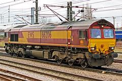 DB Cargo/EWS 66206 (Sam Pedley) Tags: 66206 ews class66 dbcargouk dbschenker doncaster doncasterstation gm generalmotors emd electromotivediesel jt42cwr diesel loco dieselloco locomotive diesellocomotive englishwelshscottish vehicle railway