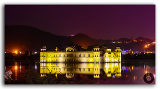 The glowing glory of the Jal Mahal!
