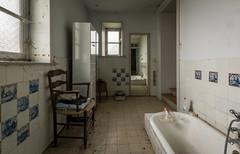 DSC_4055-HDR (Foto-Runner) Tags: urbex lost decay abandonné château castel dingue fou crazy passions haine