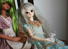Sisters (o_lillet_o) Tags: bluefairy msd bjd tf tinyfairy doll olive patrick ws baked tan morigirl theme special alice
