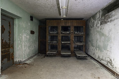(Stevelb123) Tags: abandoned abandonedexploration exploration explorer urbex urbanexploration urbanexplorer abandonedhospital abandonedpsychiatrichospital psychiatric insane insaneasylum asylum psychiatrichospital fuji fujix fujixpro2 xpro2 fujixseries fujifilm morgue