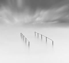 For the handicapped (EXPLORE 29-04-2017) (Txeny4) Tags: blanco y negro minimalista barandilla cielo largaexposicion canon torrevieja 1022mm haida nisi nd filtros agua water sky nubes txeny4
