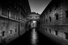 Venise (delcroix_romain) Tags: explore nikon d7200 black white venise carnaval drama 1835mm sigma water landscape street projects365 projet365 project365 holidays monochrome italie italia