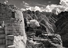 IR Machu Picchu Sun Temple