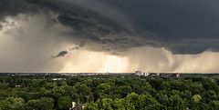 Something Wicked This Way Comes (Jay:Dee) Tags: cloud ontario storm burlington thunderstorm thunder severe